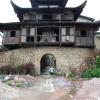 He Ping east gate