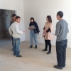 6 Contractor and architect meet at location